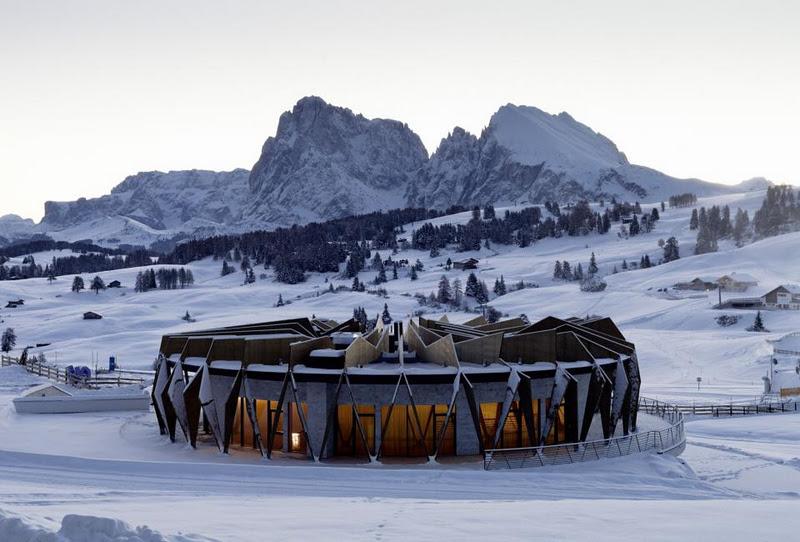 Alpina Dolomites Lodge'